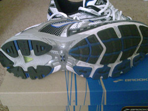 brooks-adrenaline-gts-10-features