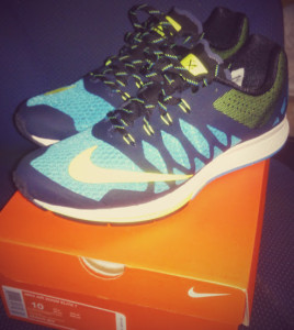 Nike Air Zoom Elite 7 running shoes